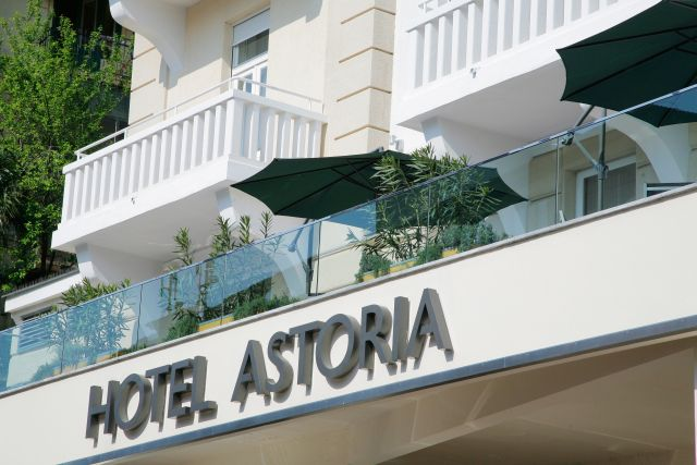 Design hotel astoria accommodation hotel for Design hotel opatija