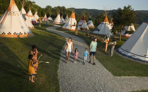 Indijansko-selo-terme-catez