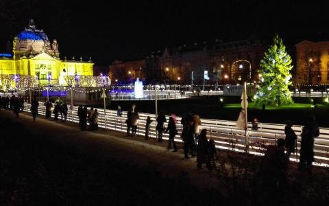 advent-zagreb-tomislavov-trg-ledni-park
