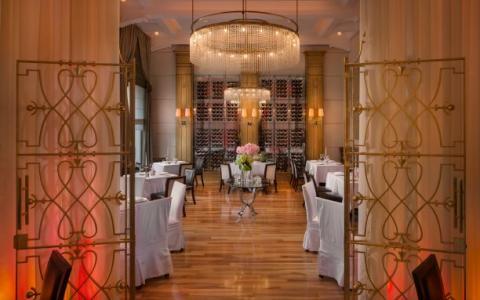 restoran_zinfandels_2_1.jpg