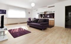Purple apartman