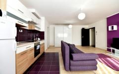 Purple apartman