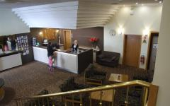 Recepcija BEST WESTERN PLUS Hotel Piramida Maribor.jpg