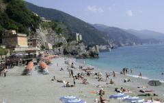 monterosso_al_mare_cinque_terre_italija_ligurija