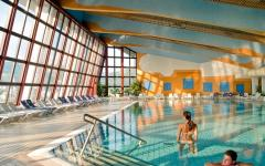 Hotel-Terme-unutarnji-bazen-Terme-Catez