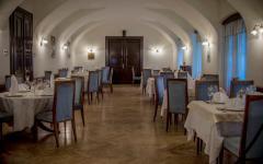 restoran_dvorac_mihanovic.jpg