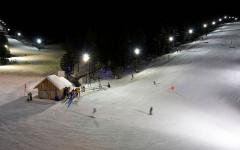 rogla-skijanje-nocna