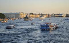 Petrogradski kanali i rijeke